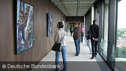 Visitors looking at the artworks at the Deutsche Bundesbank central office