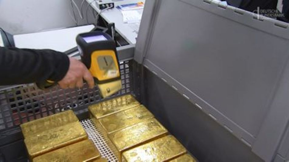 Start frame for the video Germany's gold reserves""